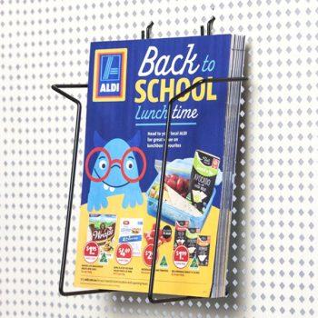 04-brochure-holder-retail-displays-acewire